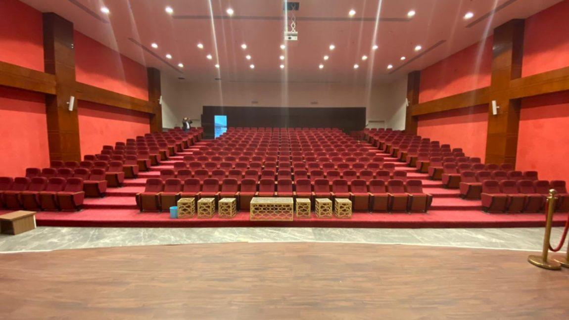 لدينا مسرح مدرسي هو الأكبر والأفضل…👌💪💪👌